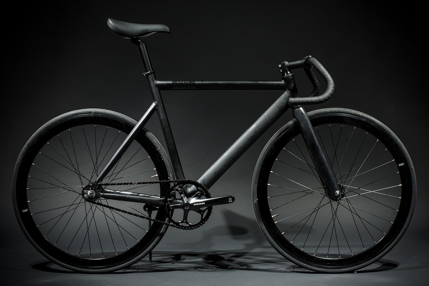 State Bicycle Black Label 6061 Aluminum Fixed Gear Bike Review